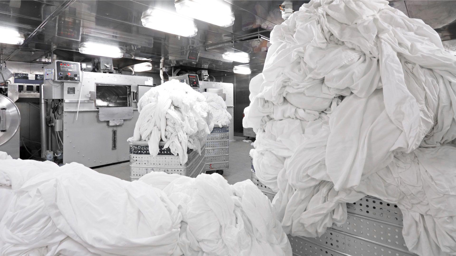 Come funziona la lavanderia industriale e come Indemac può rispondere alle tue esigenze